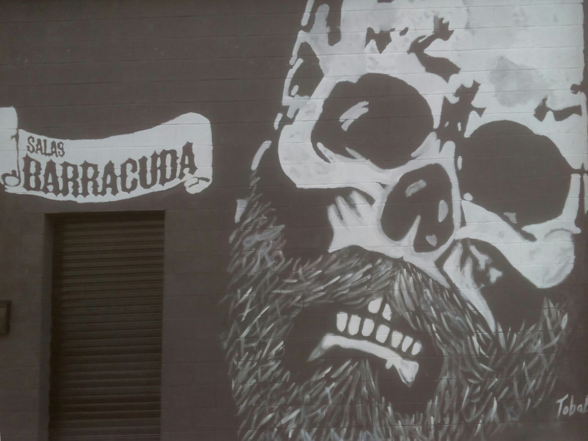 imagen de la fachada de Salas Barracuda
